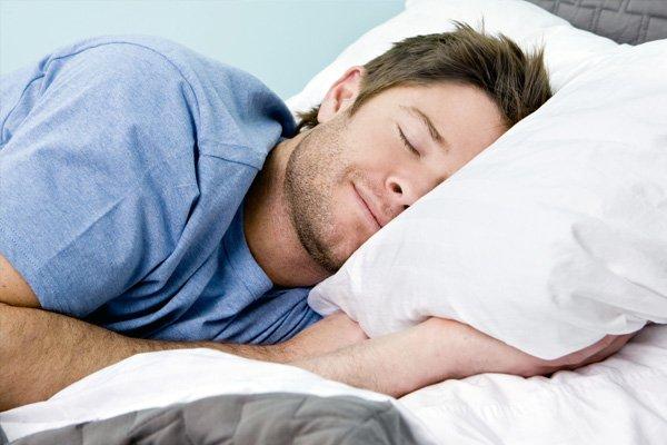 a man sleep well