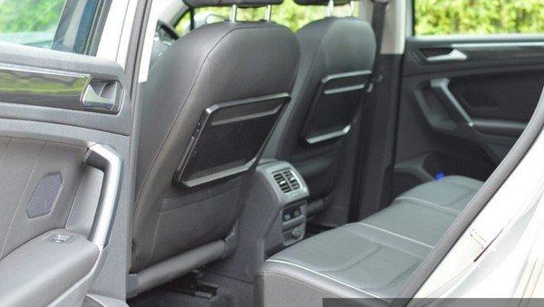 2017 Volkswagen Tiguan interior rear seat
