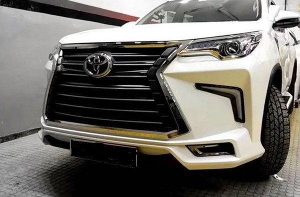 lexus fortuner front angle