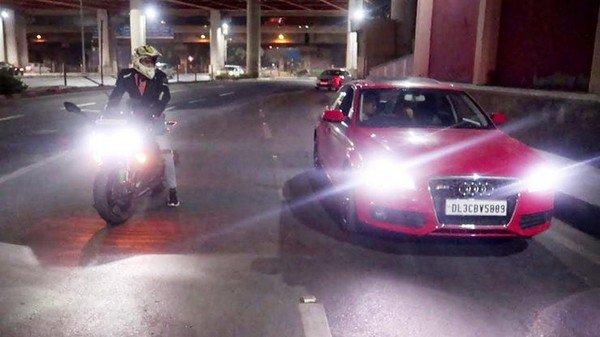 Audi A4 vs Kawasaki Ninja 1000 drag race