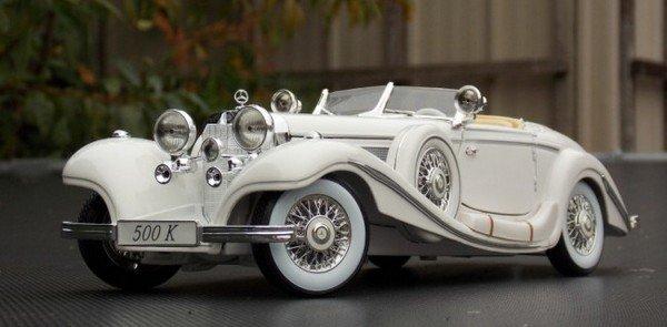white Mercedes-Benz 500K