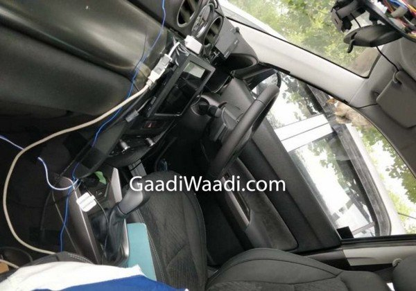 maruti suzuki vitara 4x4 spied india interior