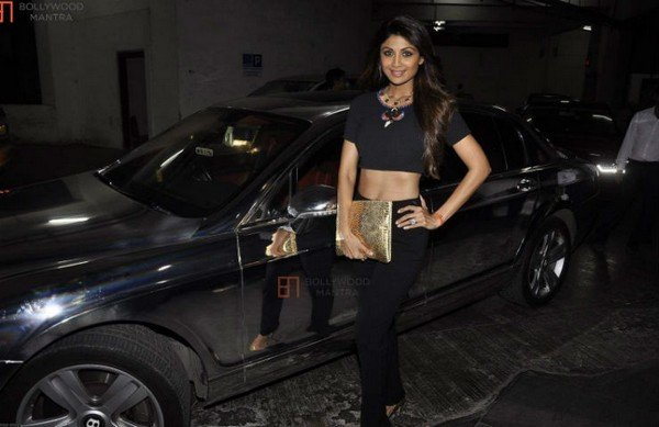 shilpa shetty bentley continental flying spur black side profile