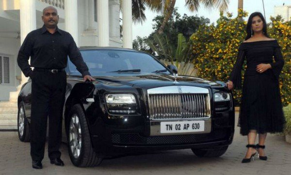 Madhurima Balsingh George Rolls Royce Ghost black front angle