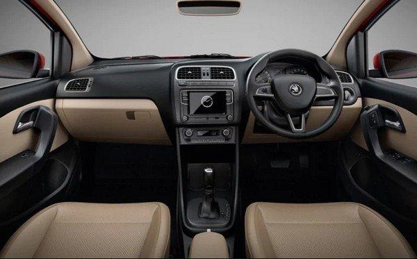 skoda rapid rider interior dashboard