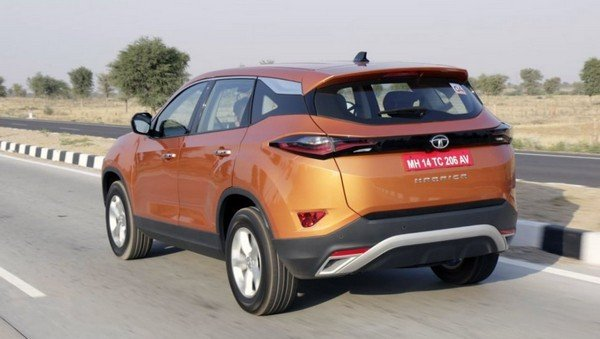2019 Tata Harrier orange rear in action
