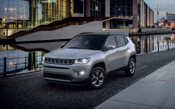 jeep compass silver front angle