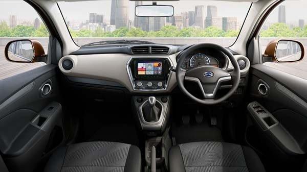 datsun go+ interior dashboard layout