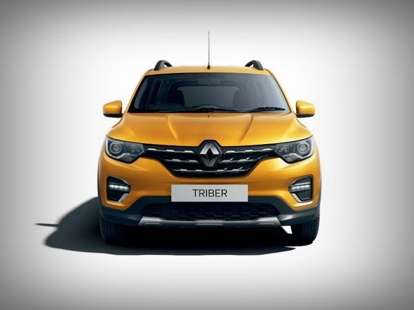 renault triber yellow front angle