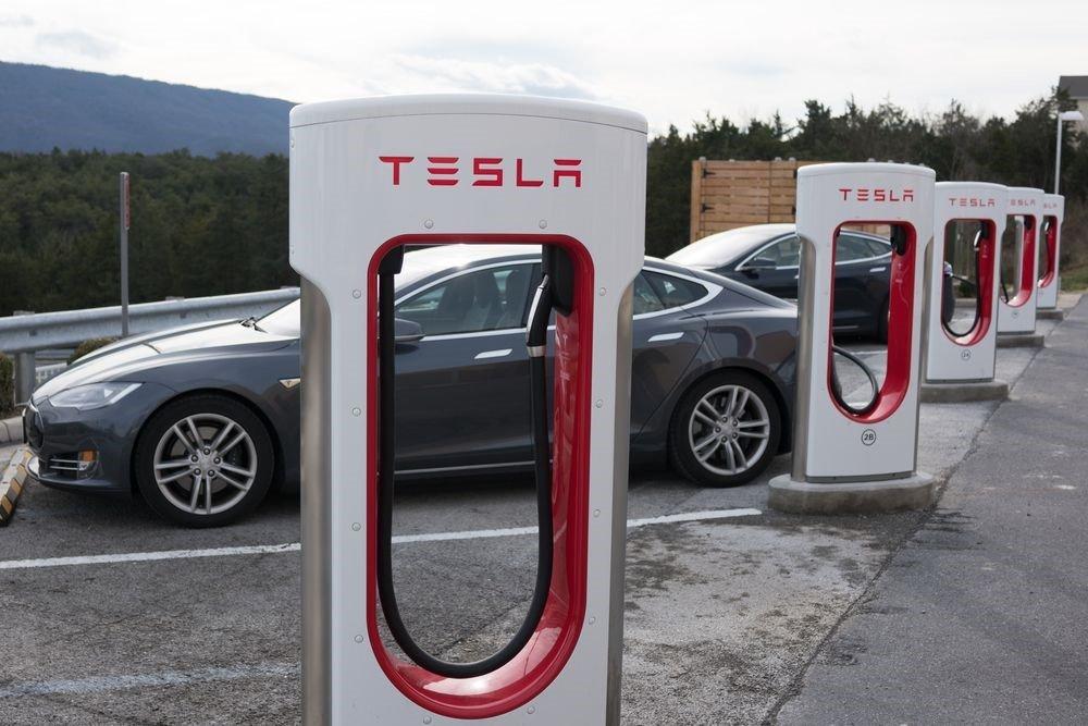 Tesla Supercharging stations