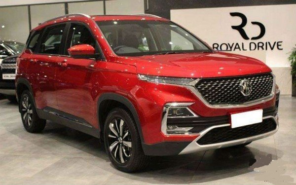 mg hector red exterior