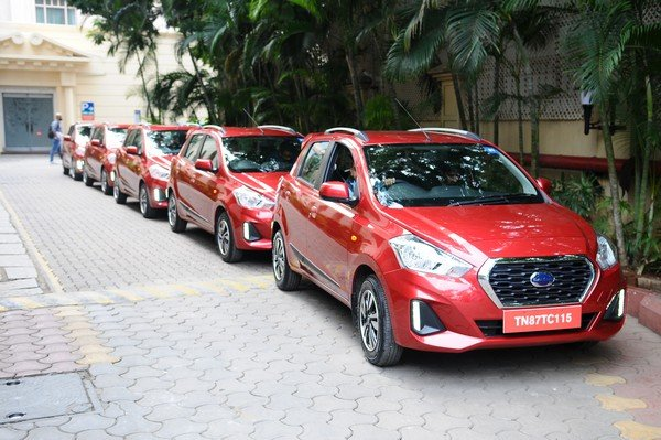 2019 datsun go cvt red front angle