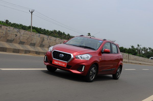 2019 datsun go cvt red front angle in action