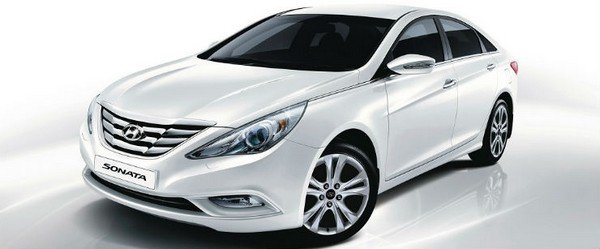sonata fluidic silver front three quarters left side