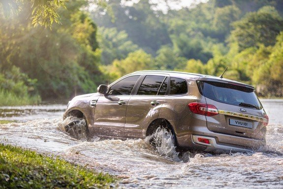 Best Off-Road Cars in India Ford Endeavour