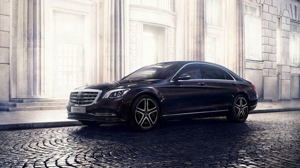 mercedes-benz s-class black side angle