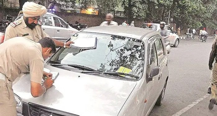 Police issuing challan: No Parking fines in India
