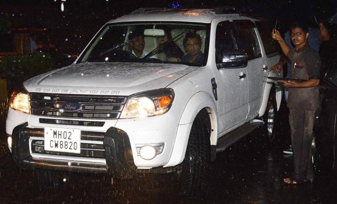 Nawazuddin Siddique Car Collection - Ford Endeavour