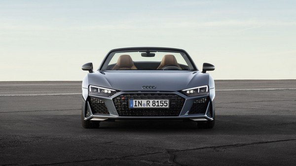 Fastest petrol cars in India - audi r8 front