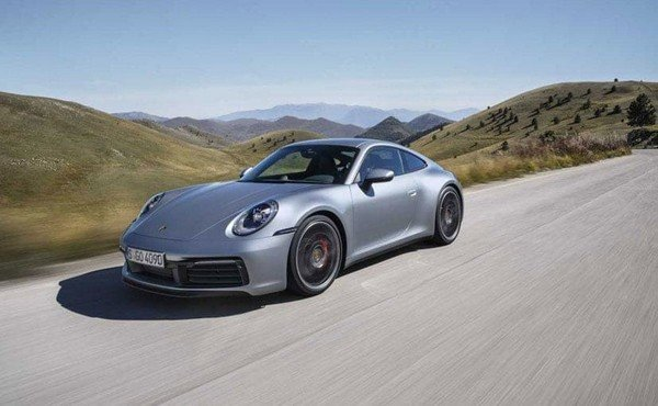 Fastest petrol cars in India - porsche 911