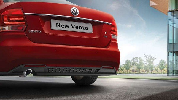 volkswagen vento rear end