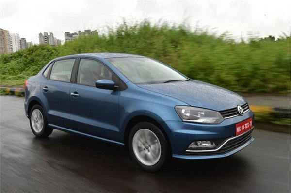 2016 volkswagen ameo blue front angle