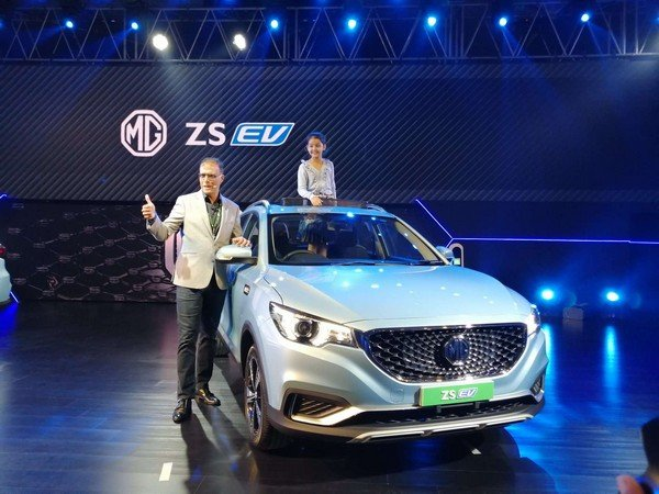 mg zs ev front three quarters right side - MG cars at Auto Expo 2020.