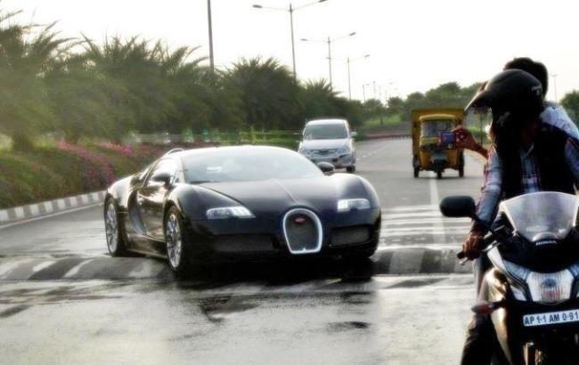Bugatti stuck on a Speedbreaker in India