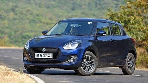 2018 maruti swift blue front angle