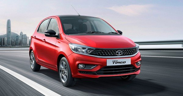 2020 tata tiago red front angle