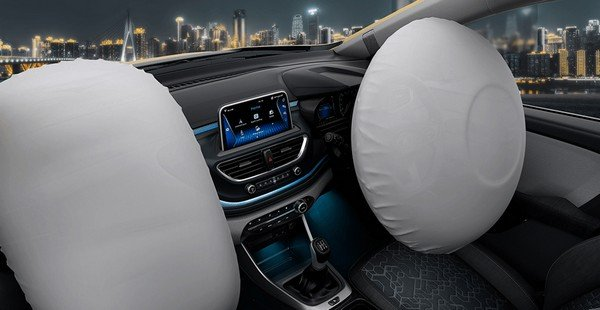 2020 tata altroz dual airbags