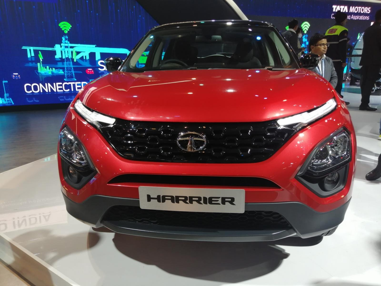 Tata Harrier BS6 Automatic launched at Auto Expo 2020