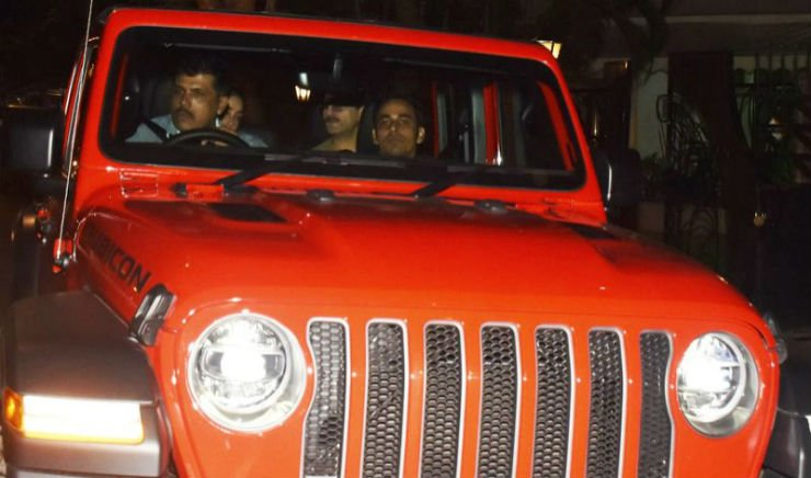 Saif & Kareena Gifted One of the Most Capable Luxury SUVs Ever