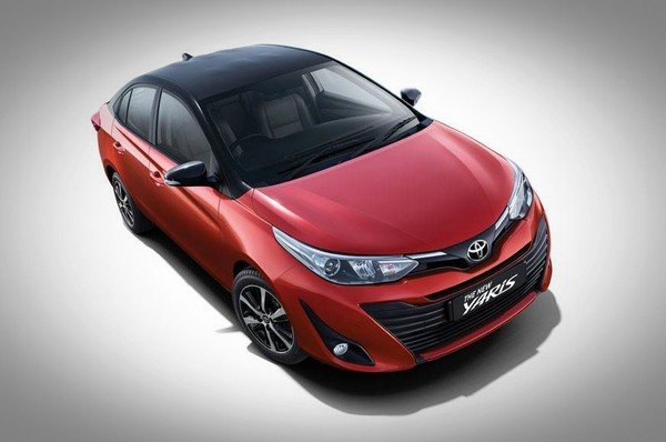2020 toyota yaris red front angle