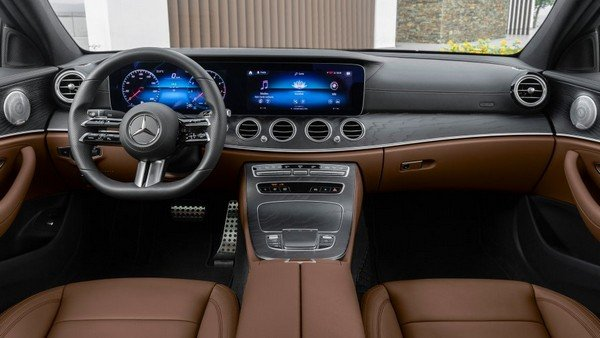 mercedes benz e class 2020 interior dashboard layout