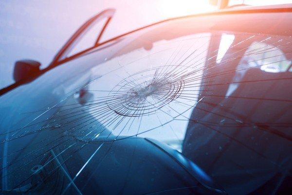 windshield cracks