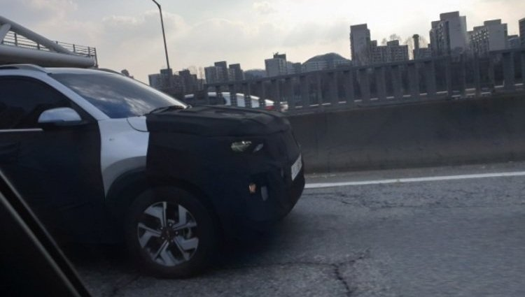 Kia Sonet alloy wheels spied
