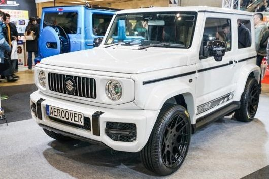 This Suzuki Jimny (New Maruti Gypsy) is a Merc G-Wagon Clone