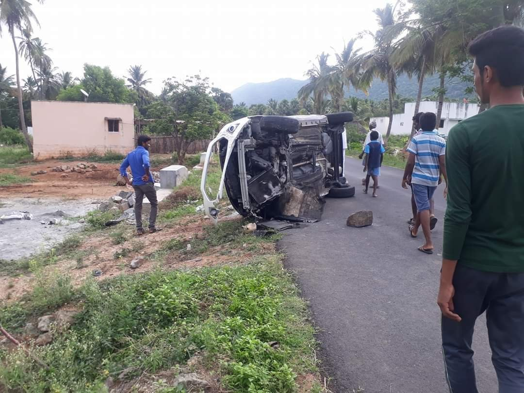 Ford Ecosport Meets With A Massive Accident, Driver Totally Unhurt