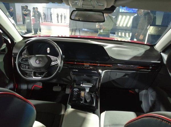 mg rc6 interior dashboard images