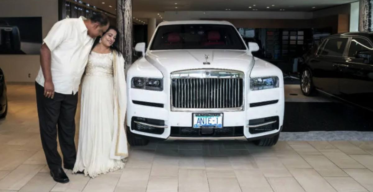 rolls royce cullinan front angle