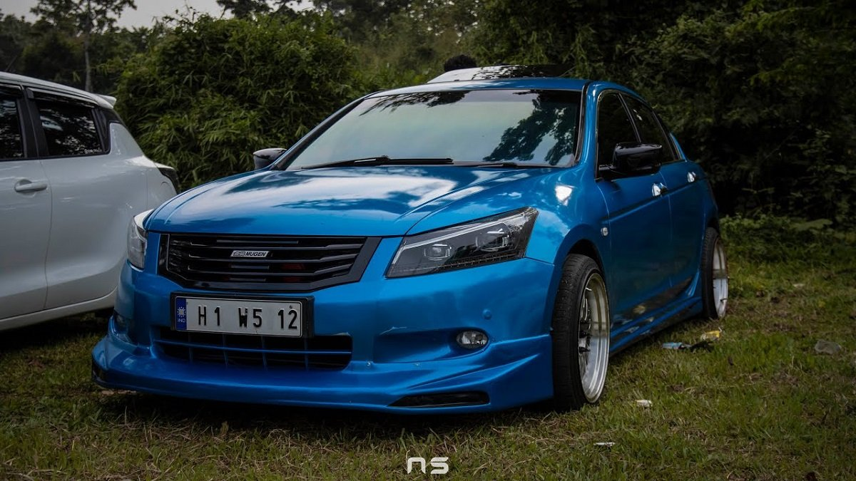 Blue Bee, A Modified Honda Accord With Mugen Body Kit