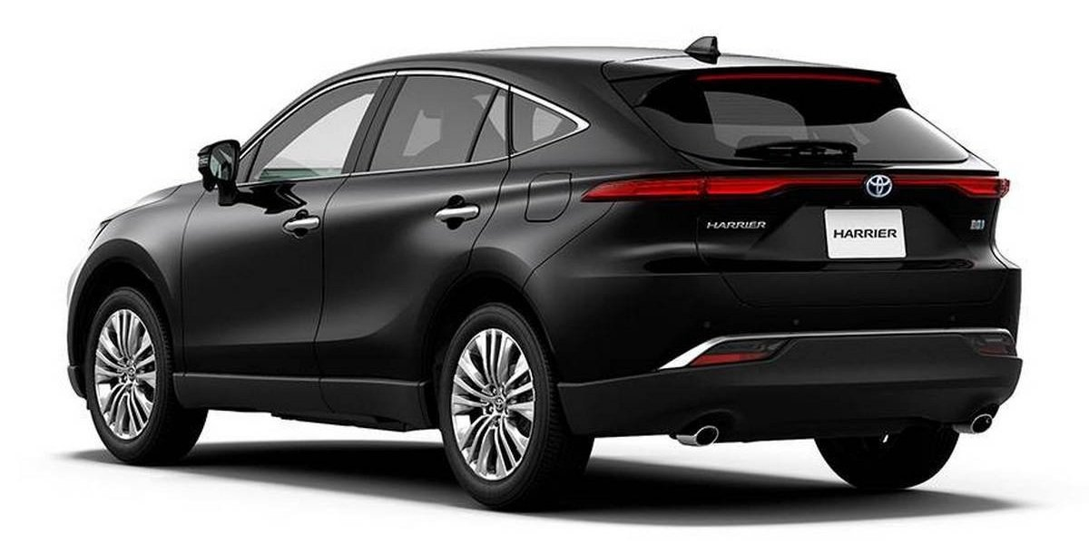 Toyota Harrier rear angle
