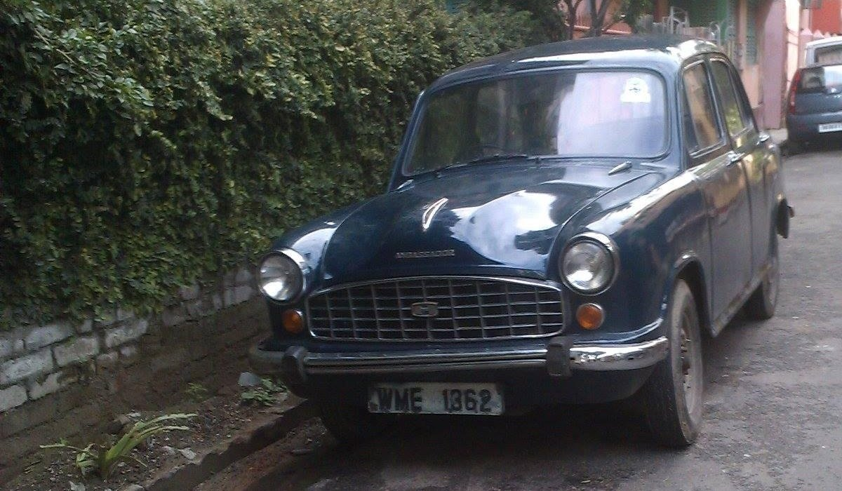 Old is Gold - Hindustan Ambassador Mk 2