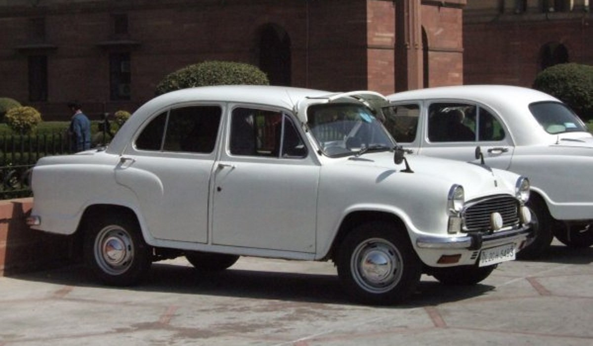 Old is Gold - Hindustan Ambassador Nova
