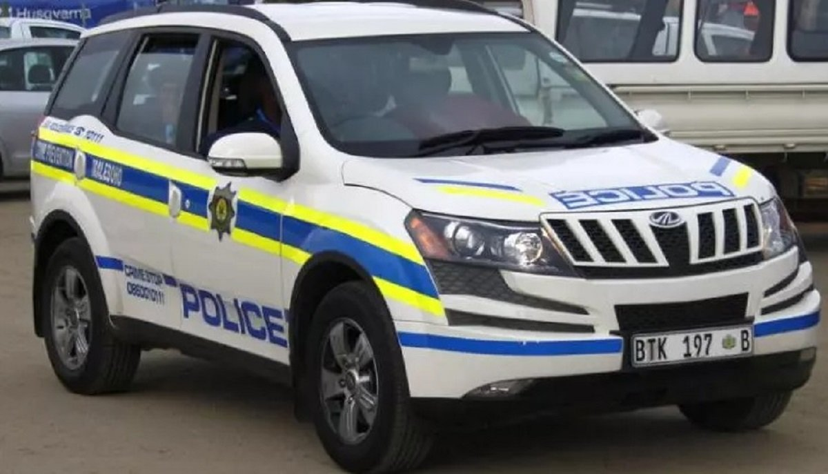 5 Indian Cars Used By Police Forces Abroad - Tata Safari to Mahindra XUV500