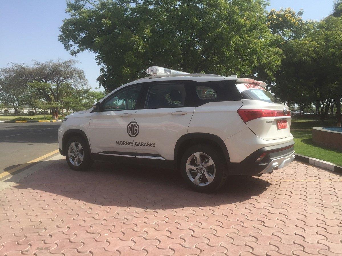 MG Motor Donates Ambulance Version of Hector to Vadodara Authorities