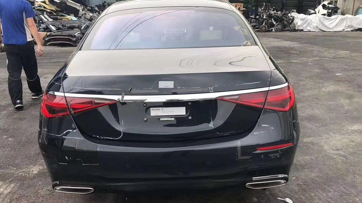 2021 Mercedes-Benz S-Class Spied Sans Camouflage Inside-Out