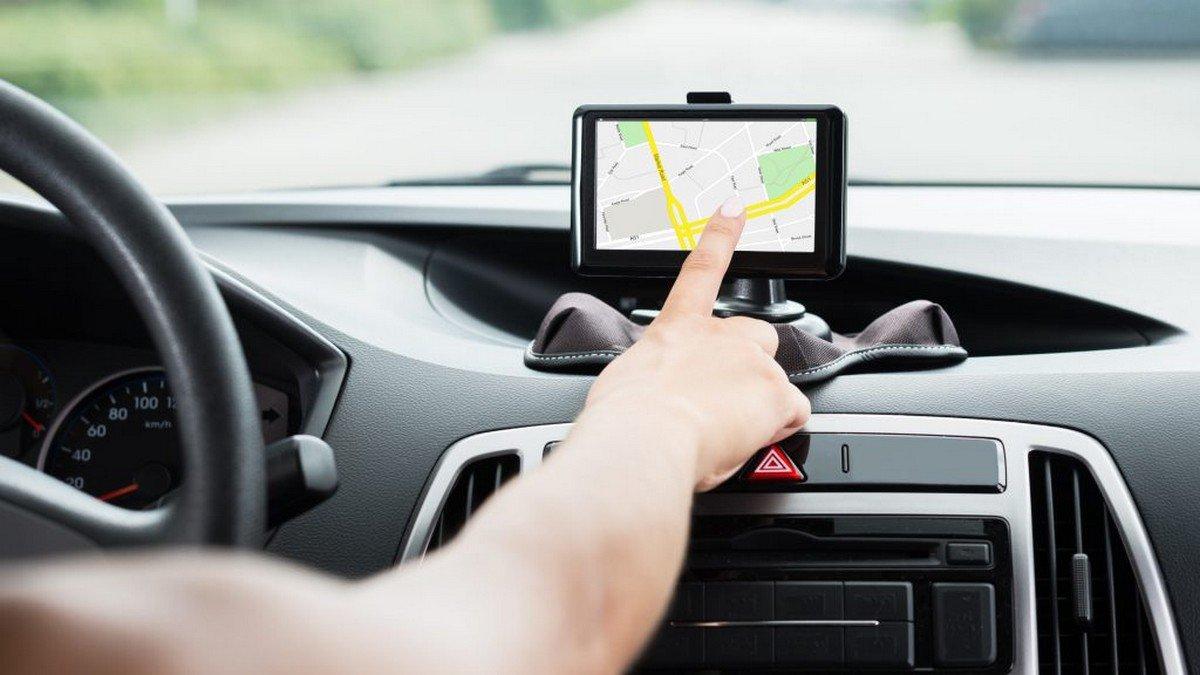 gps device on dashboard