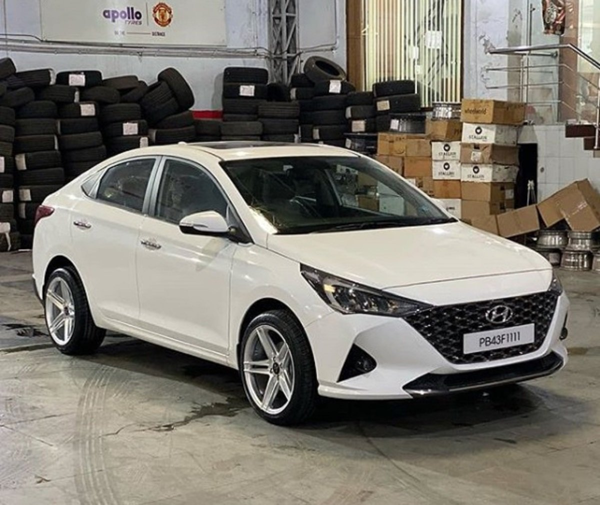 First-Ever New Hyundai Verna of Punjab Gets Sporty Mags and Low Profile Rubber